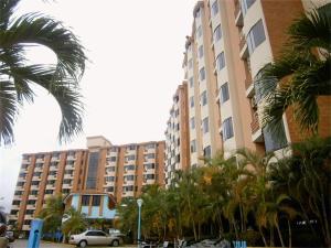 Apartamento En Ventaen Higuerote, Puerto Encantado, Venezuela, VE RAH: 17-13286