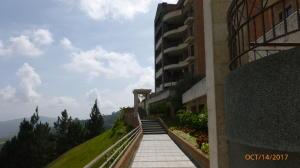 Apartamento En Ventaen Caracas, Los Naranjos Del Cafetal, Venezuela, VE RAH: 17-14228