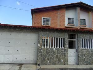 Casa En Ventaen Cagua, Prados De La Encrucijada, Venezuela, VE RAH: 17-13497