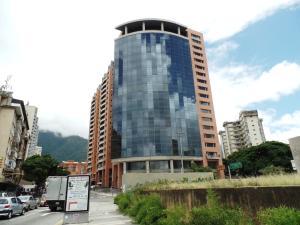 Local Comercial En Ventaen Caracas, Los Dos Caminos, Venezuela, VE RAH: 17-13597