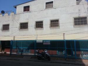 Edificio En Ventaen Ciudad Ojeda, Las Morochas, Venezuela, VE RAH: 17-13693