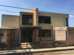 Galpon - Deposito En Ventaen Ciudad Ojeda, Intercomunal, Venezuela, VE RAH: 17-13786