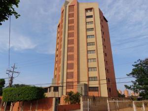 Apartamento En Ventaen Maracaibo, Tierra Negra, Venezuela, VE RAH: 18-32