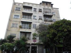 Apartamento En Ventaen Caracas, Los Chaguaramos, Venezuela, VE RAH: 17-14606