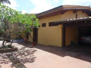 Casa En Ventaen Caracas, Cumbres De Curumo, Venezuela, VE RAH: 17-14077