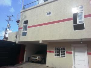 Townhouse En Ventaen Ciudad Ojeda, Centro, Venezuela, VE RAH: 17-14175