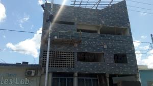 Edificio En Ventaen Chivacoa, Bruzual, Venezuela, VE RAH: 17-14462