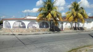 Casa En Ventaen San Joaquin, Villas Del Centro, Venezuela, VE RAH: 17-14851