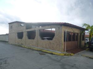 Casa En Ventaen Caucagua, Av General Miguel Acevedo, Venezuela, VE RAH: 17-14600