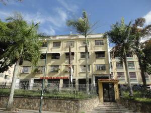 Apartamento En Ventaen Caracas, Los Chaguaramos, Venezuela, VE RAH: 17-14629