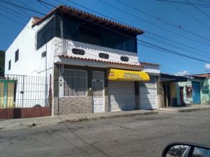 Casa En Ventaen Barquisimeto, Parroquia Catedral, Venezuela, VE RAH: 17-14769