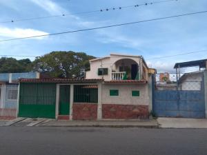 Casa En Ventaen Barquisimeto, Parroquia Catedral, Venezuela, VE RAH: 17-14779
