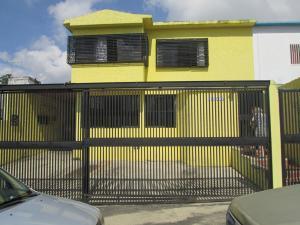 Casa En Ventaen Caracas, El Cafetal, Venezuela, VE RAH: 17-14810