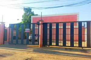 Townhouse En Ventaen Ciudad Ojeda, Avenida Vargas, Venezuela, VE RAH: 17-15103