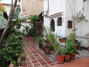 Casa En Ventaen Valencia, El Bosque, Venezuela, VE RAH: 17-15261