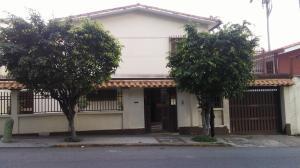 Casa En Ventaen Caracas, Santa Eduvigis, Venezuela, VE RAH: 17-15293