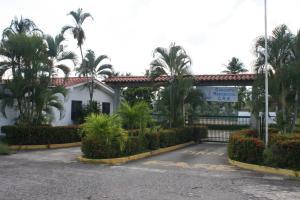 Apartamento En Ventaen Rio Chico, Los Canales De Rio Chico, Venezuela, VE RAH: 17-15245
