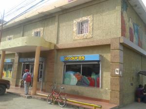 Local Comercial En Alquileren Ciudad Ojeda, Avenida Bolivar, Venezuela, VE RAH: 17-15317