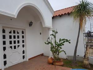 Casa En Ventaen Cabimas, Calle Chile, Venezuela, VE RAH: 17-15380