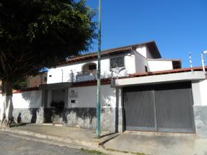 Casa En Ventaen Caracas, El Cafetal, Venezuela, VE RAH: 17-15416