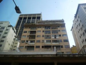 Apartamento En Ventaen Caracas, Parroquia La Candelaria, Venezuela, VE RAH: 17-15472