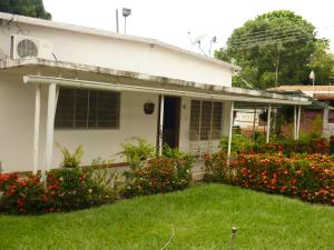 Casa En Ventaen Maracay, El Limon, Venezuela, VE RAH: 17-15510