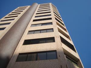 Apartamento En Alquileren Maracaibo, El Milagro, Venezuela, VE RAH: 17-15569