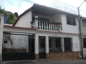 Casa En Ventaen Los Teques, Los Teques, Venezuela, VE RAH: 17-15627