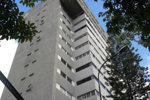 Apartamento En Ventaen Caracas, Los Chaguaramos, Venezuela, VE RAH: 17-15696