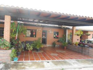 Casa En Ventaen Municipio San Diego, Tiziana Villas, Venezuela, VE RAH: 17-15704