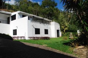 Casa En Ventaen Caracas, Karimao Country, Venezuela, VE RAH: 17-15718