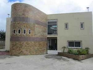 Casa En Ventaen Caracas, Los Guayabitos, Venezuela, VE RAH: 18-33
