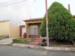 Casa En Ventaen Cabudare, Parroquia José Gregorio, Venezuela, VE RAH: 18-62