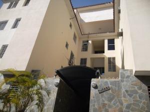 Apartamento En Ventaen Municipio Naguanagua, La Granja, Venezuela, VE RAH: 18-198