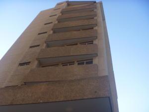 Apartamento En Ventaen Maracaibo, Avenida Bella Vista, Venezuela, VE RAH: 18-130