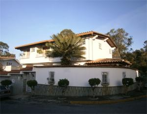 Casa En Ventaen Caracas, Los Naranjos Del Cafetal, Venezuela, VE RAH: 18-141