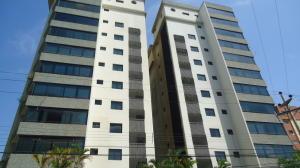 Apartamento En Ventaen Lecheria, Casco Central, Venezuela, VE RAH: 18-162