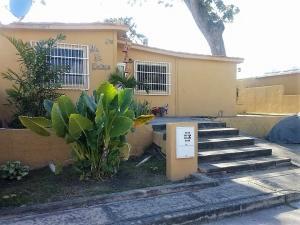 Casa En Ventaen San Joaquin, Tierra Del Sol, Venezuela, VE RAH: 18-477