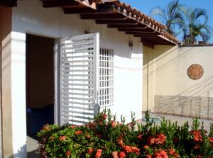Casa En Ventaen Maracay, Villas De Aragua, Venezuela, VE RAH: 18-4311