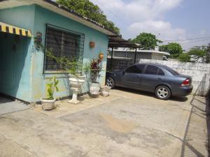 Casa En Ventaen Maracaibo, La Rotaria, Venezuela, VE RAH: 18-270