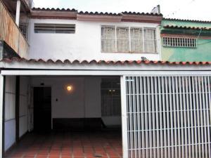 Casa En Ventaen Los Teques, Los Teques, Venezuela, VE RAH: 18-319