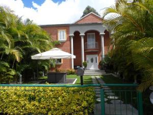 Casa En Ventaen Caracas, Alto Hatillo, Venezuela, VE RAH: 18-552