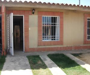 Casa En Ventaen Municipio Libertador, Pablo Valley, Venezuela, VE RAH: 18-404