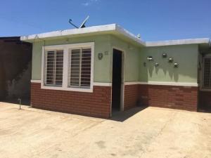Casa En Ventaen Punto Fijo, Pedro Manuel Arcaya, Venezuela, VE RAH: 18-414