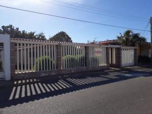 Casa En Ventaen Punto Fijo, Puerta Maraven, Venezuela, VE RAH: 18-421