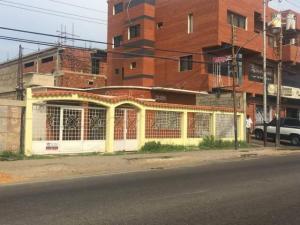 Casa En Ventaen Punto Fijo, Puerta Maraven, Venezuela, VE RAH: 18-434