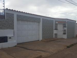 Casa En Ventaen Coro, Los Orumos, Venezuela, VE RAH: 18-519