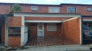 Apartamento En Ventaen Carrizal, Llano Alto, Venezuela, VE RAH: 18-529