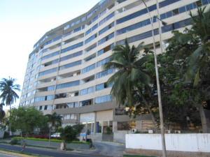 Apartamento En Ventaen Margarita, Costa Azul, Venezuela, VE RAH: 18-550