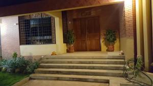 Casa En Ventaen Maracaibo, La Lago, Venezuela, VE RAH: 18-572